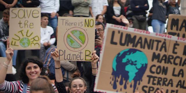 Gotowanie obiadów bezdomnym, organizacja własnego projektu społecznego w ramach zwolnionych z Teorii, czy zaangażowanie w Młodzieżowy Strajk Klimatyczny może pomóc w aplikacji
